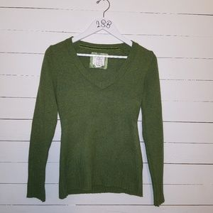 Old Navy green lambswool sweater